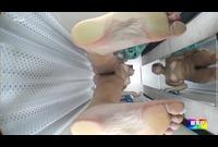 足の裏がとても綺麗です。 1702-23F