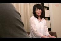 レンタルの彼氏にハマる40代の性事情!06