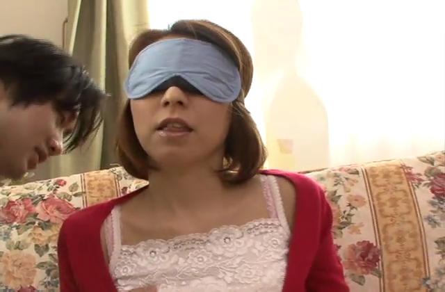 「素人専科」セレブ妻オイルぬりテカエステ隠し撮り映像67