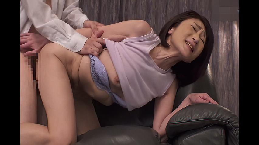 徳山翔子 「SEXしたいのよ、お願い!」再婚相手よりも元旦那とハメちゃう欲求不満の元熟女妻!